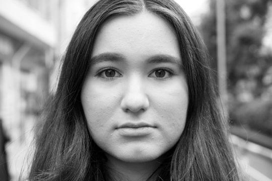 Lola Naraha Jönsson | ローラ奈良葉